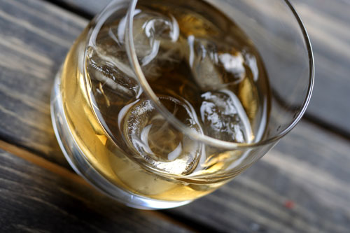 glass of alcohol bad for teeth
